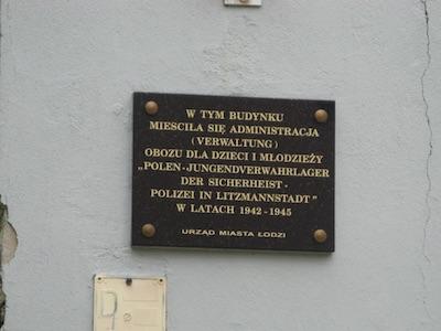 obóz przy Przemysłowej, tablica pamiątkowa