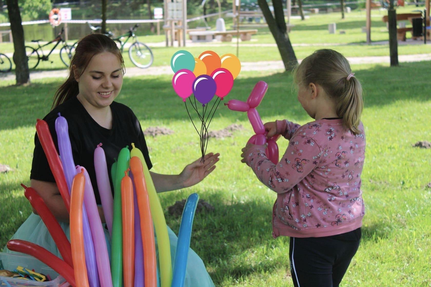 dzień dziecka, balony ,bańki, zabawa